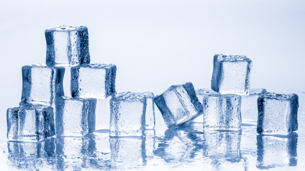 The Effects of Ice on Teeth and Gums